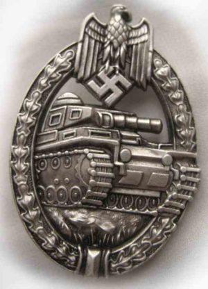 WW2 German Panzer assault badge in silver.