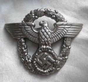 German Nazi Police metal cap badge