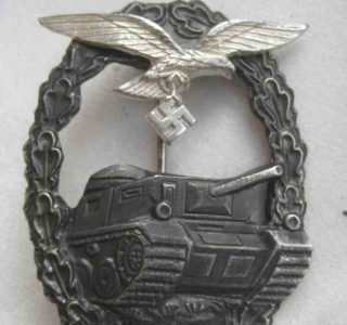 Luftwaffe Tank Badge `Sonnderklasse`