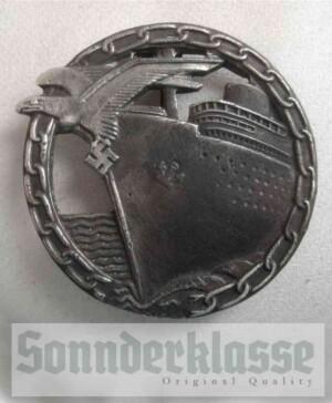 Kriegsmarine Blockade Breakers badge `Sonnderklasse`