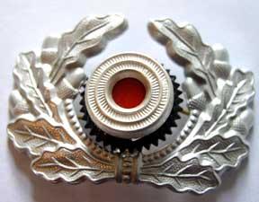Heer Metal wreath & cockade