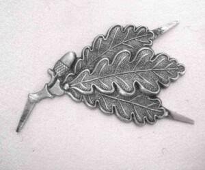 Jaeger metal cap leaves