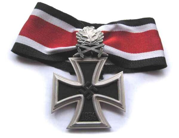 1939 German knights crosswith swords oakleaves.