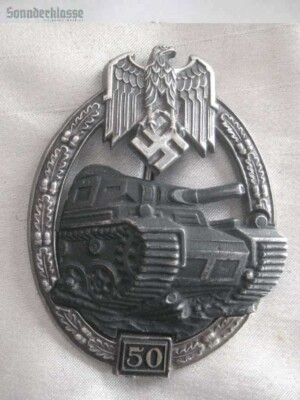 Panzer Assault badge 50 Silver `Sonnderklasse`