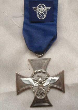 nazi police-medal