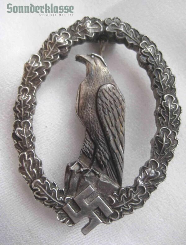Luftwaffe Flier commemorative badge `Sonnderklasse`